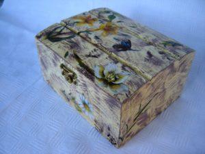 cofanetto in legno decoupage